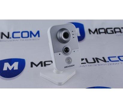 Фото №2 IP відеокамери Hikvision DS-2CD2420F-IW (2.8 мм)