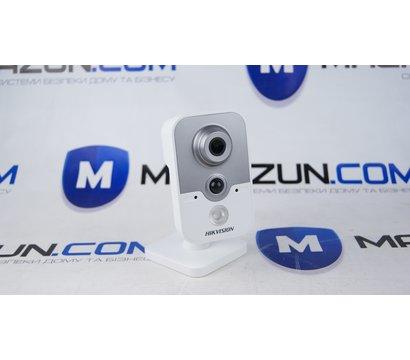 Фото №2 видеокамеры HikVision DS-2CE38D8T-PIR (2.8 мм)