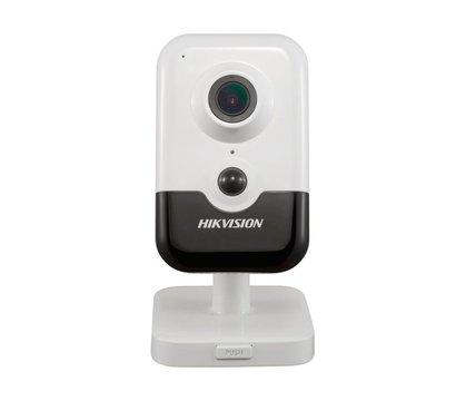 Фото №4 IP видеокамеры HikVision DS-2CD2423G0-I (2.8 мм)
